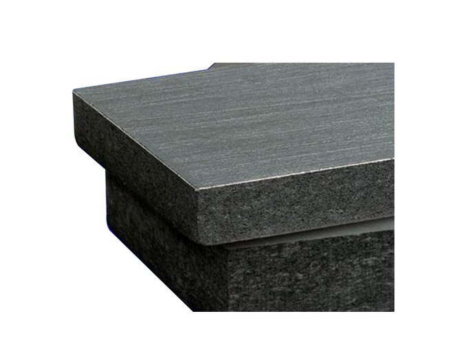 Rigid integrated graphite felt (149)